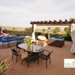 Hotel Pictures: Villa Cleopatra, Caserío Los Tarquinos