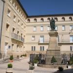 Hotel Pictures: Albergue Juvenil El Olivo, Peralta de la Sal