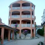 Apartments and Rooms Dennis,  Biograd na Moru