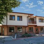 Hotel Pictures: Family Hotel Kipra, Kipra