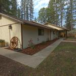 Yosemite's Blue Bird Ranch, Oakhurst