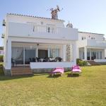 Atalaya Beach Cottages, Marbella