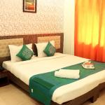 OYO Rooms Park Circus Seven Point Crossing, Kolkata