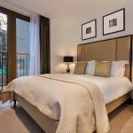 Add review - St Dunstan's Court Apartments