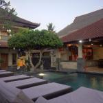 Puri Nusa Beach Hotel, Lembongan