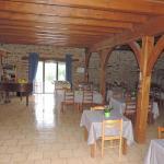 Hotel Pictures: Holiday home Domaine de Vaulatour, Payzac