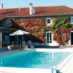 Hotel Pictures: Holiday Home Mesieres Sur Issoire Avenue De Selz, Mézières-sur-Issoire