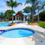 Hotel Pictures: Palmetto Finca Turistica, Apiay