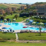 Hotel Pictures: Menfi Beach Resort, Menfi