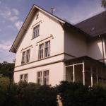 Hotel Pictures: Ferienwohnung Villa Weyermann, Leichlingen