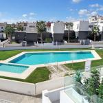 Hotel Pictures: Apartment Orihuela Costa Golf 650, Los Dolses
