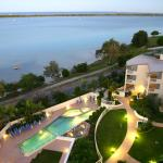 Fotos do Hotel: Moorings Beach Resort, Caloundra