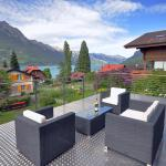 Hotel Pictures: Lake View Chalet, Bönigen