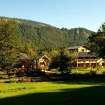 Hotel Pictures: Peumayen Lodge & Termas, Collentañe
