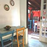 Hotel Pictures: Casa no Morro do Rio Sahy, Barra do Sahy