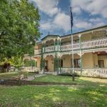 Grove Manor, Brisbane