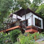 Ocean View Mini-Villa, Wok Tum