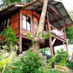 Maney Resort,  Phi Phi Don