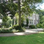 Hotel Pictures: Chalet Du Bel Event, La Chapelle-sur-Dun