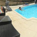 Hotel Pictures: L'Aumônerie, La Chaize-le-Vicomte