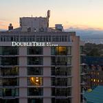 DoubleTree by Hilton Hotel & Suites Victoria, Victoria