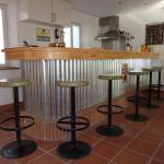 Hotel Pictures: Les Gîtes Du Vieux Frêne, Longavesnes