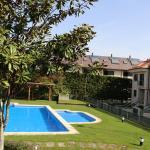 Hotel Pictures: Chalet Igrexa, Alcabre