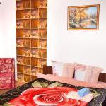 Hotel Pictures: Chernyahovskogo 6 Apartment, Vitebsk