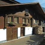 Hotel Pictures: Stöckli Hostel bei Alpenblick, Wilderswil