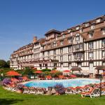 Hotel Pictures: Hôtel Barrière L'Hôtel du Golf, Deauville