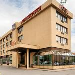 Hotel Pictures: Best Western Voyageur Place Hotel, Newmarket