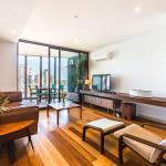 River - Beyond a Room Private Apartments, Melbourne