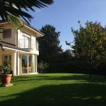 Hotel Pictures: Chambre D'Hôtes Wellingtonia, Mont-sur-Rolle