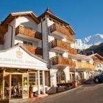 Hotel Pictures: Erlebnishotel Fendels, Fendels
