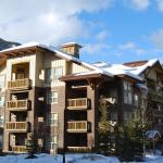 Hotel Pictures: Premium Upper Village Condominiums, Panorama