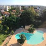 Hotel Pictures: Appartement toit mer – aux portes de Nice, Saint-Laurent-du-Var