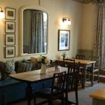 Hotel Pictures: Falcon Inn, Painswick