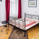 Charles Bridge Bed And Breakfast, Prague