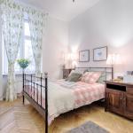 Home Sweet Home by Tyzenhauz, Kraków