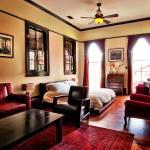 Royal Street Inn & Bar, New Orleans