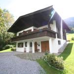 Hotel Pictures: Chalet Emil, Brixen im Thale