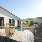 Le Blue Guesthouse, Bluewater Bay