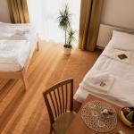 Hotel Pictures: Hotel Kalimeta, Kuroslepy