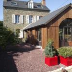Hotel Pictures: Chambres d'hôtes Le Clos d'Enhaut, Dinard