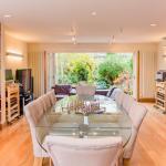 Luxury 5 Bed House - Views & Pool, London