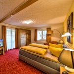 Hotel Pictures: Hotel Sonneneck Titisee, Titisee-Neustadt