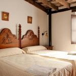 Hotel Pictures: TUGASA Casas Rurales Castillo de Castellar, Castellar de la Frontera