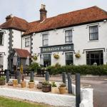 Hotel Pictures: Berkshire Arms by Good Night Inns, Midgham