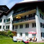Hotellikuvia: Gästehaus Sonnenhang, Hirschegg