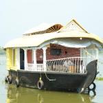 Marari houseboat, Mararikulam